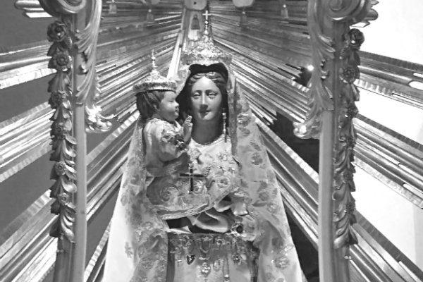 Statue of the Madonna in Artena, Italy